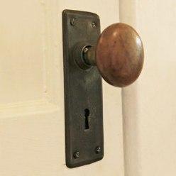 Cunard-Listing-doorhardware