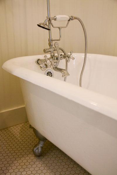Griffin-bathtub_600px