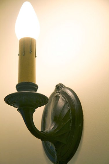 Griffin-sconce1_600px