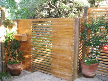 Outlook-Architectural_fence_600px