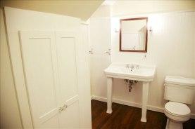 Terrill_bathroom2_600px